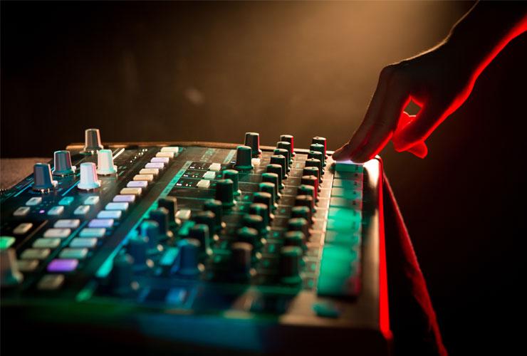 Naujiena: Arturia DrumBrute ritmo mašina