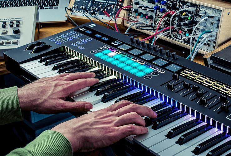 Naujiena: Novation SL MK3 klaviatūra