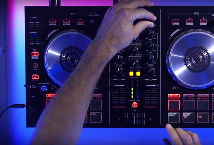 Naujiena: Pioneer DDJ-SB2 DJ kontroleris